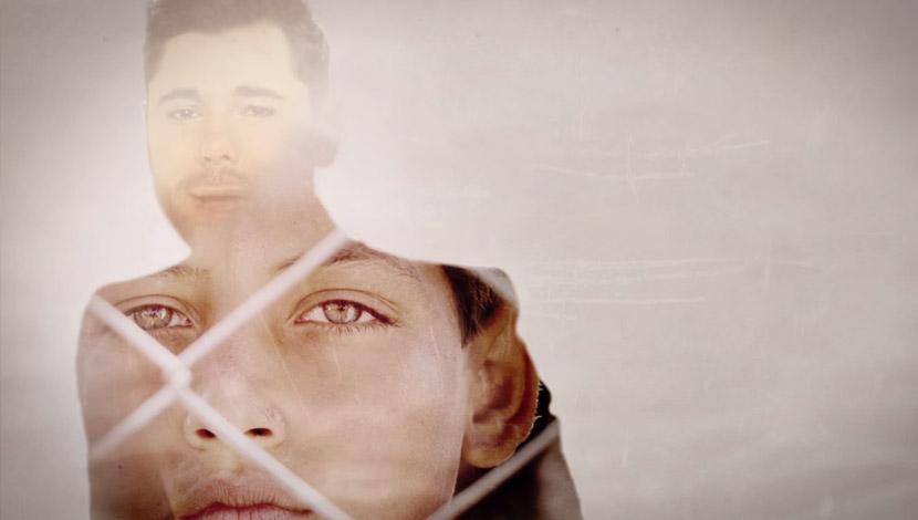 Miguel Poveda estrena el videoclip de Guerra a la Guerra por la Guerra