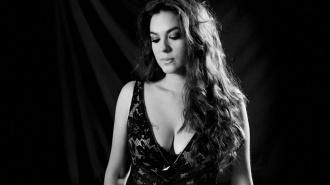 Alba Molina canta con Alejandro Sanz y Estrella Morente en Caminando con Manuel