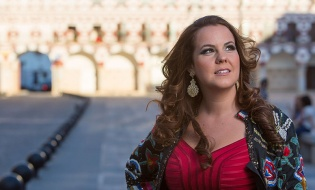 El cante flamenco de Esther Merino en el Sábado Alegre de Campanario