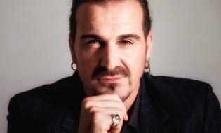 Nolasco estrena el videoclip Cristales Rotos
